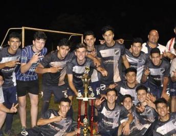Atlético Oberá Campeón Sub 17