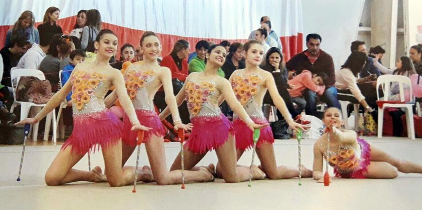 Gran performance de gimnastas obereñas