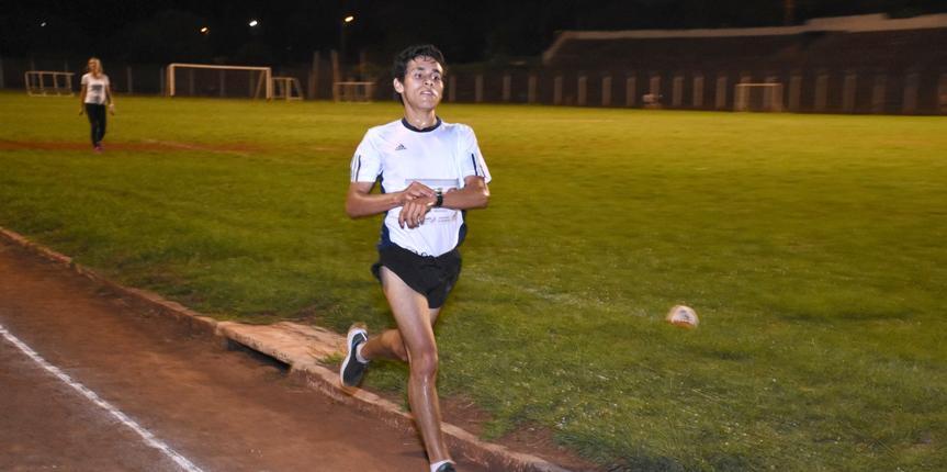 Se disputo el festival de atletismo nocturno