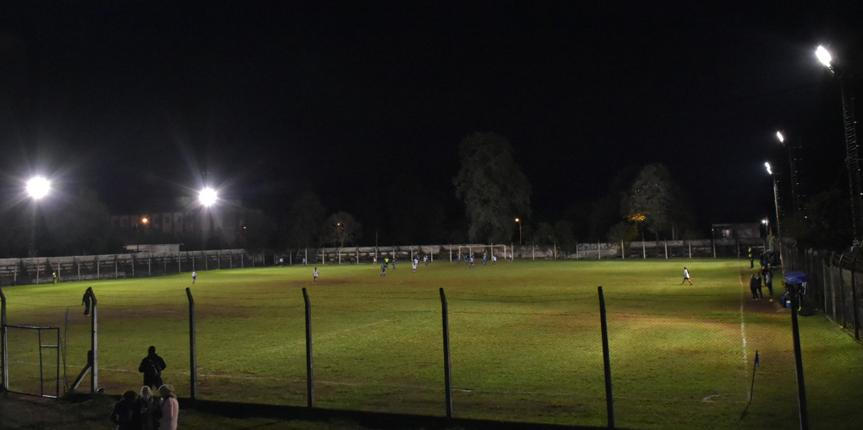 Atlético Oberá puso en funcionamiento su sistema lumínico